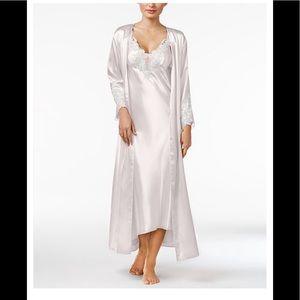 Macy's Flora L/XL Venice Satin Robe
